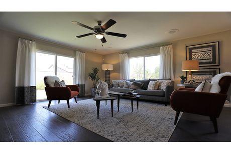 Greatroom-in-Geneva-at-Sera Vista-in-Bakersfield