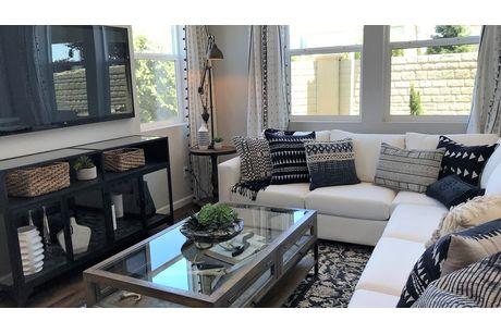 Greatroom-in-Verona-at-Sera Vista-in-Bakersfield