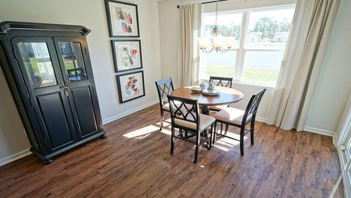Breakfast-Room-in-Aria-at-Meridian-in-Myrtle Beach
