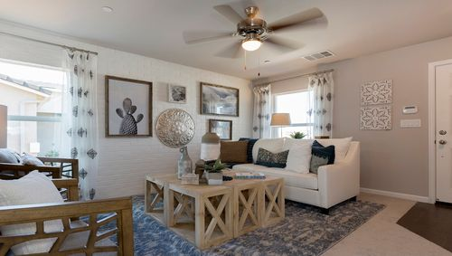 Greatroom-in-Stratton-at-Coventry II-in-Coalinga