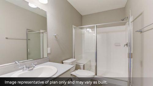 Bathroom-in-Monument-at-Summerfields Estates-in-Timnath