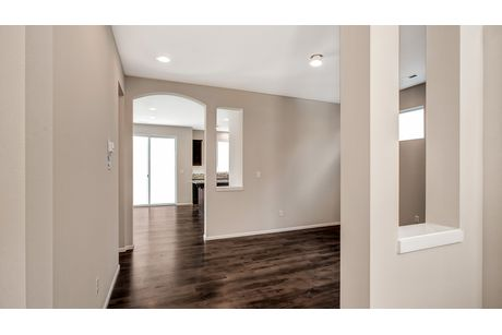 Hallway-in-Legacy-at-Belle Haven-in-Marysville