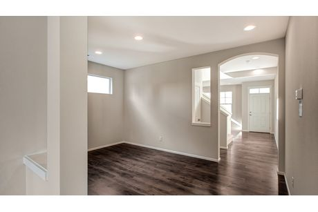 Foyer-in-Legacy-at-Belle Haven-in-Marysville