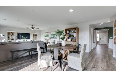 Recreation-Room-in-Willow-at-Coventry II-in-Coalinga