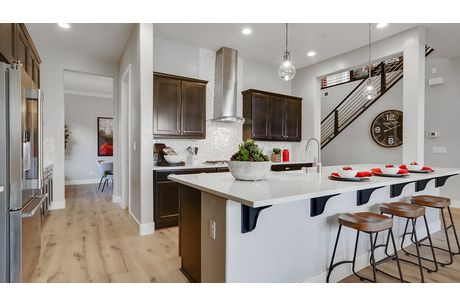 Kitchen-in-Somerset-at-The Summit-in-Madera