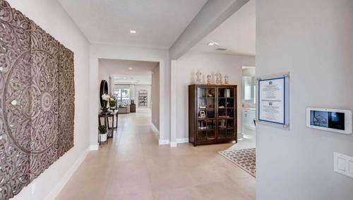 Hallway-in-Dayton-at-Manchester Estates-in-Miami