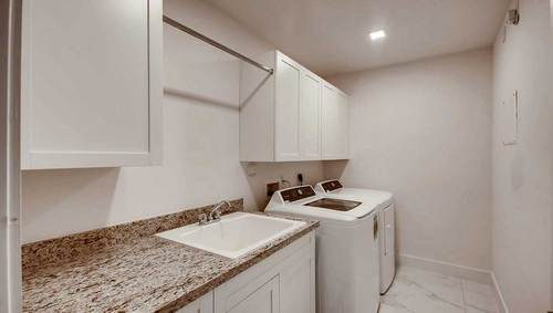 Laundry-in-Yellowstone-at-Manchester Estates-in-Miami