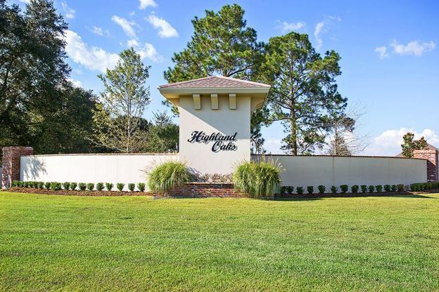 Front Entrance- Community Sign - DSLD Homes - Highland Oaks- Gray- Louisiana- Thibodaux area:Highland Oaks Front Entrance