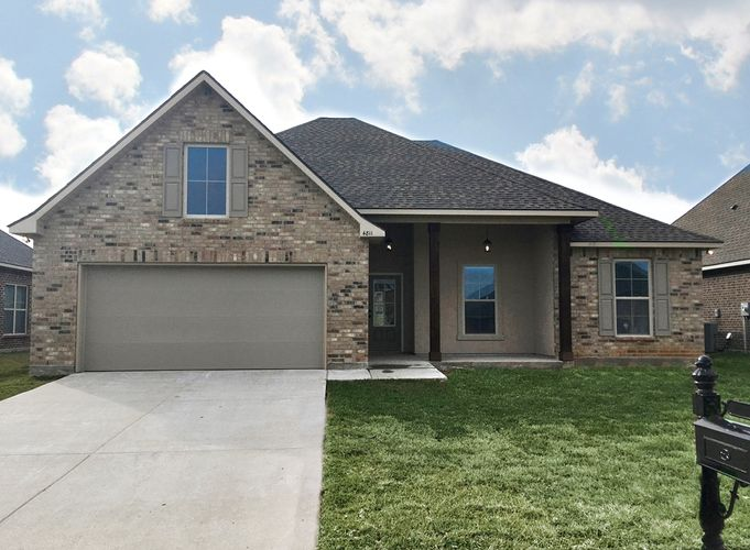 Front View - Oak Grove Community - DSLD Homes Iowa Louisiana