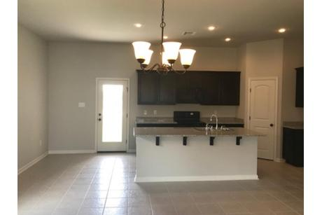Kitchen-in-Oxford IV B-at-Summerview-in-Duson