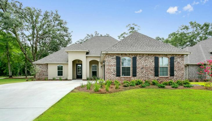 Front View of Model Home - DSLD Homes in Cantonment Florida- Sawyers Ridge