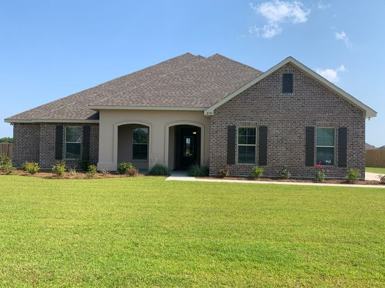 Front View of Model Home - DSLD Homes - Fairhope - Pinewood