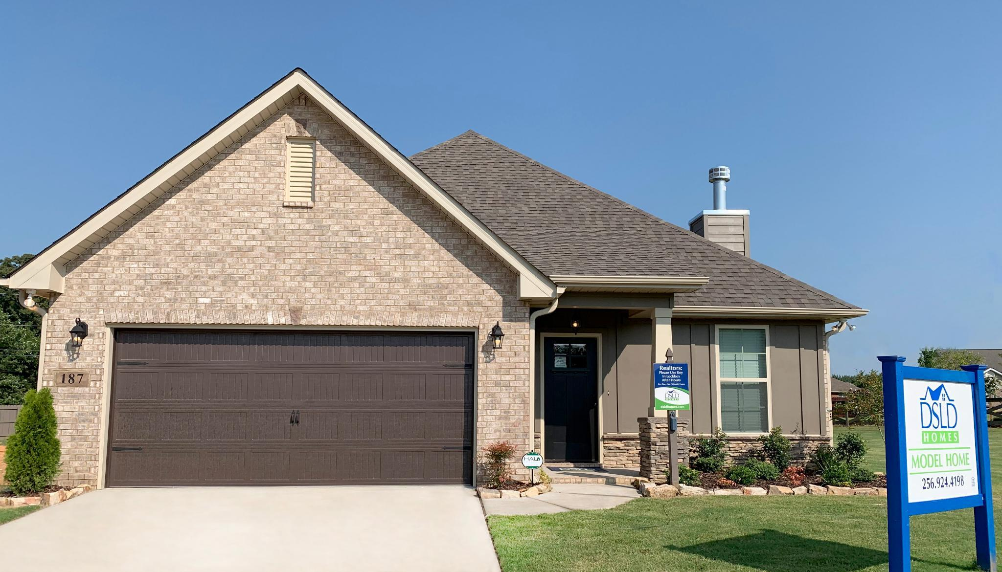 Awesome New Homes In Huntsville 68 Communities Newhomesource Home Interior And Landscaping Ologienasavecom