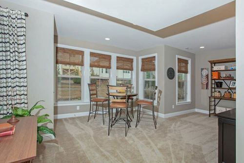 Breakfast-Room-in-Arlington-at-Olde Liberty Manors-in-Youngsville