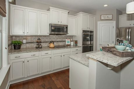 Kitchen-in-Arlington-at-Mackintosh on the Lake–Single Family-in-Burlington