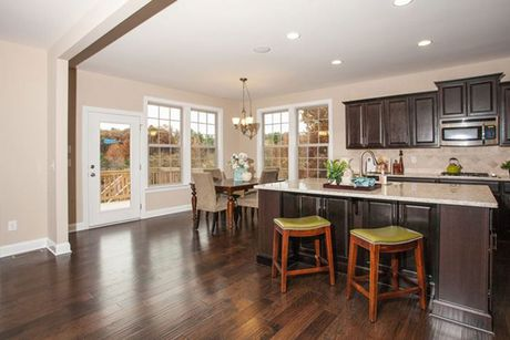 Kitchen-in-Stonehaven-at-Mackintosh on the Lake–Single Family-in-Burlington