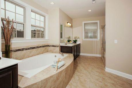 Bathroom-in-Stonehaven-at-Mackintosh on the Lake–Single Family-in-Burlington