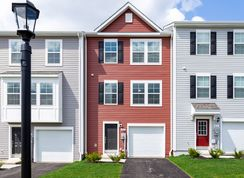 York II Garage - Homestead Acres: Hanover, Pennsylvania - Dan Ryan Builders