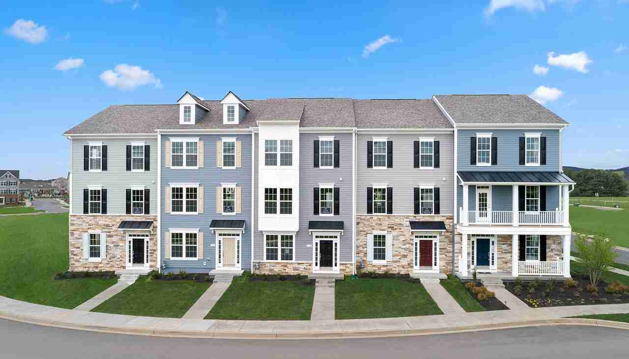 Canterbury Station Townhomes