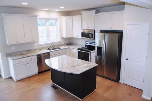 Kitchen-in-Windsor II-at-Rosewood Village-in-Hagerstown