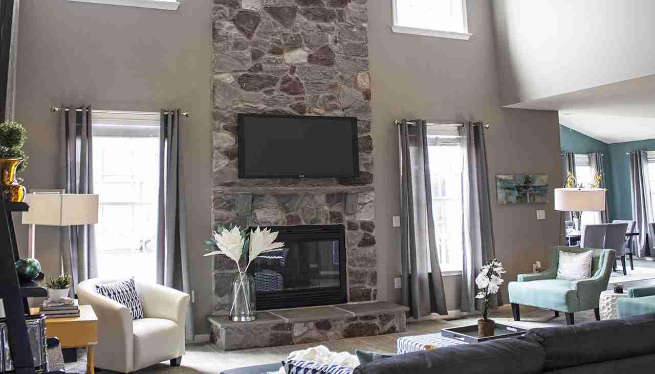 Castlerock II Summerdale Farms Family Room