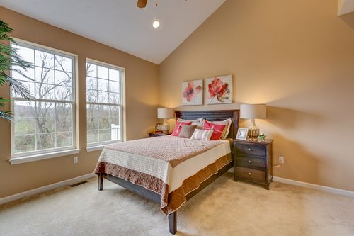 Bedroom-in-Cambridge-at-Arden Farms-in-Washington