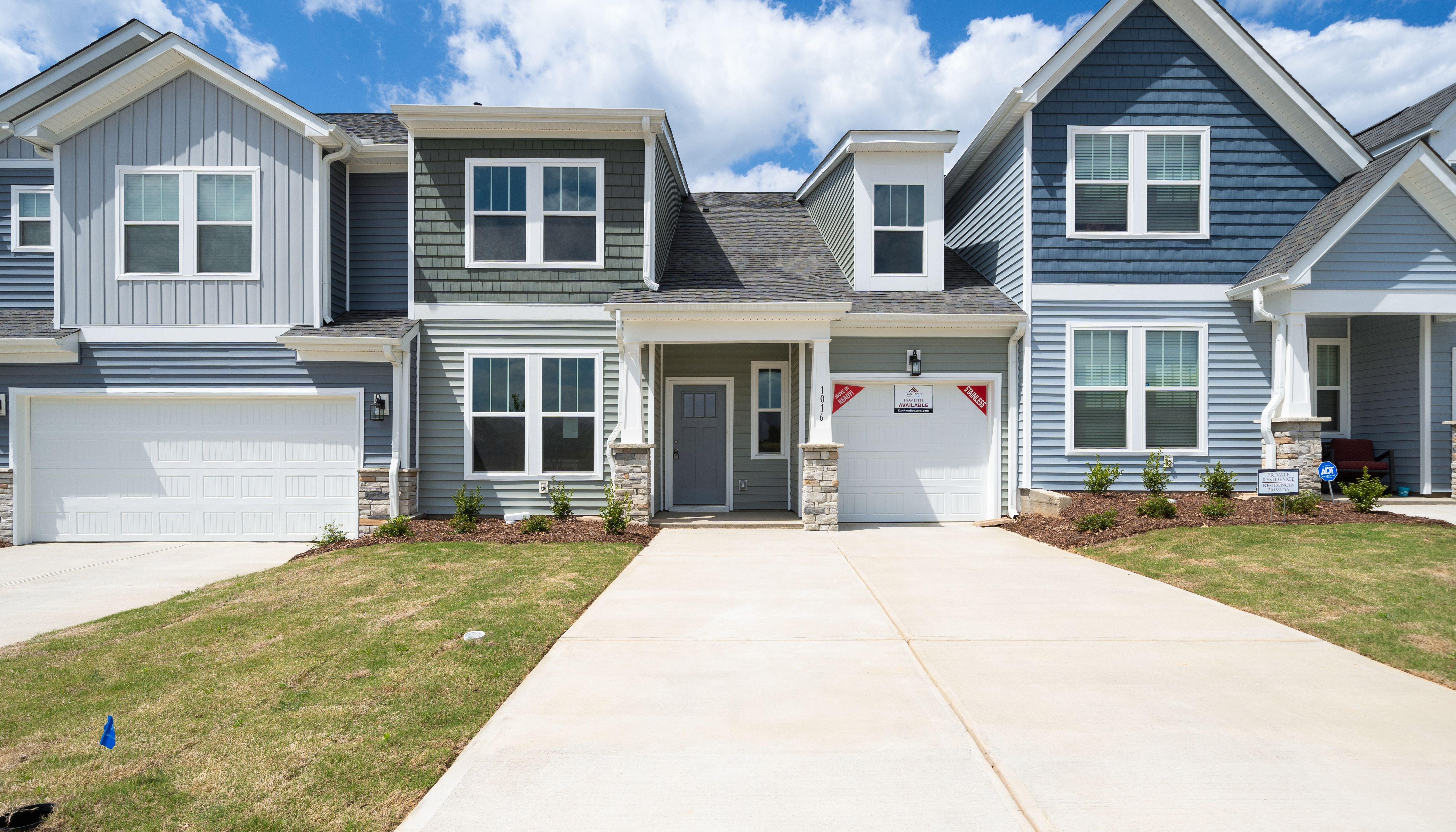 'Peachtree Townes' by Dan Ryan - Greenville Region in Greenville-Spartanburg