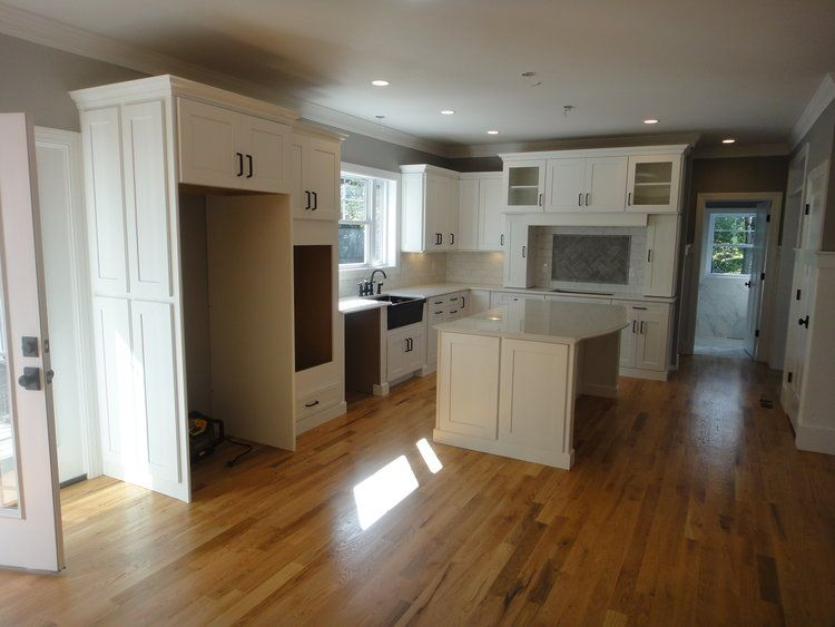 Kitchen featured in the Huntigton Manor By Darby Builders  in Bridgeport, CT