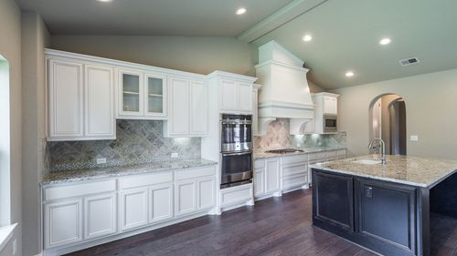 Kitchen-in-6786-at-Imperial - 65' Homesites-in-Sugar Land