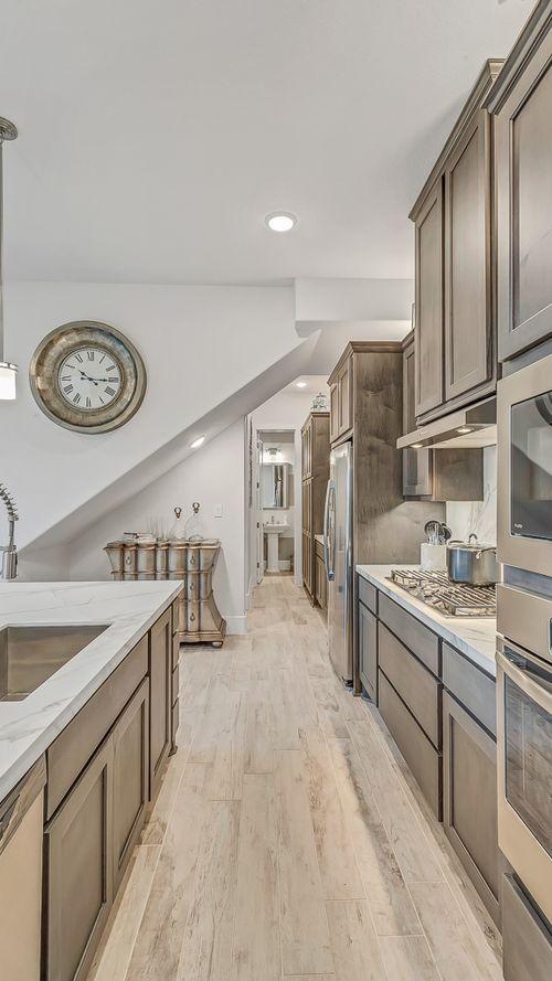 Kitchen-in-1035-at-Sienna Plantation, Avalon - City Collection-in-Missouri City