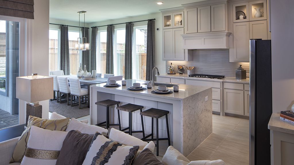 Kitchen-in-4067 Plan-at-Stonegate - 50' Homesites-in-Irving