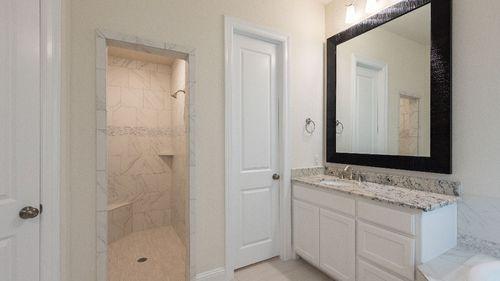 Bathroom-in-4055 Plan-at-Stonegate - 50' Homesites-in-Irving