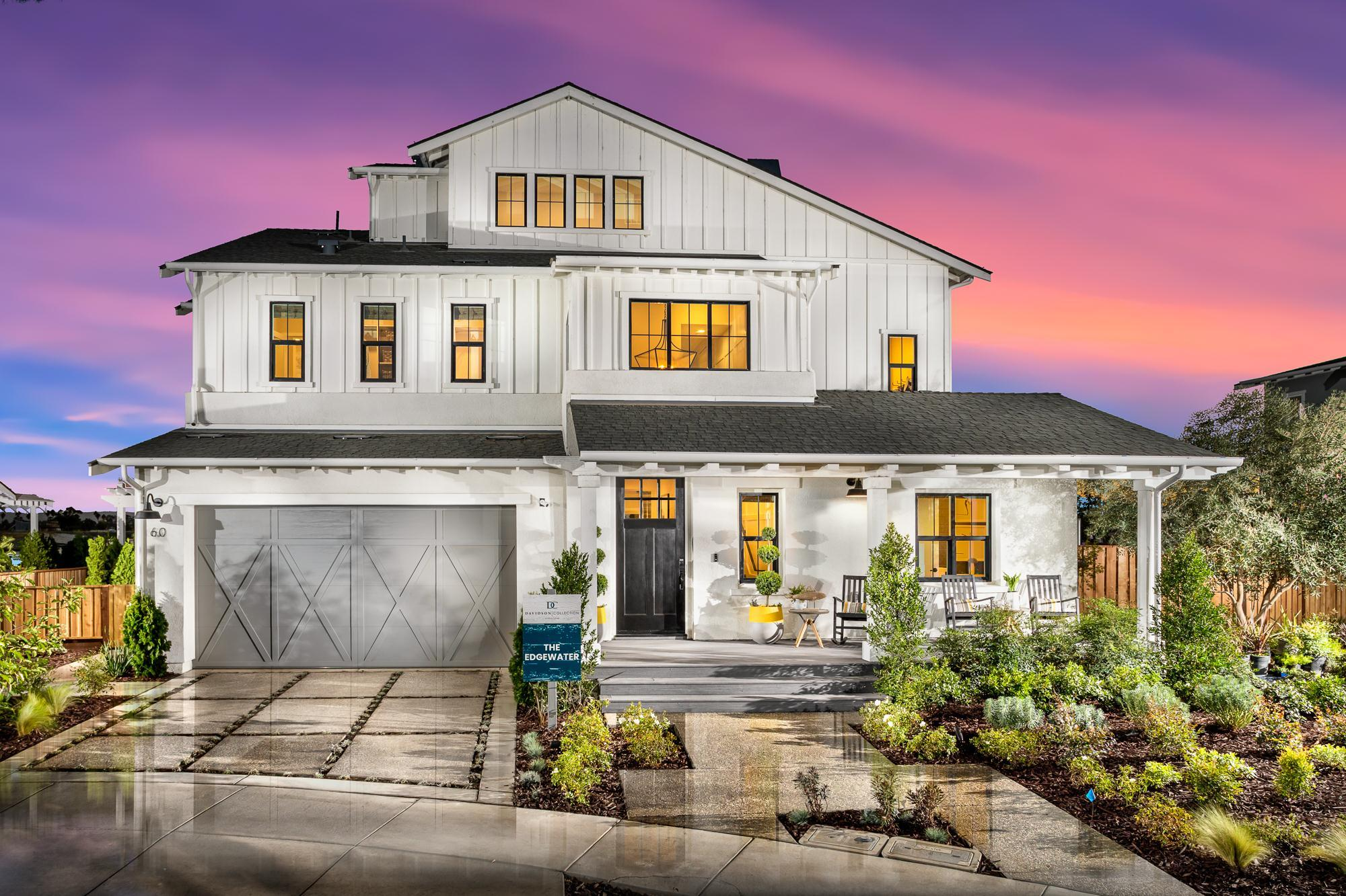 Exterior featured in The Edgewater By Davidson Communities in Oakland-Alameda, CA