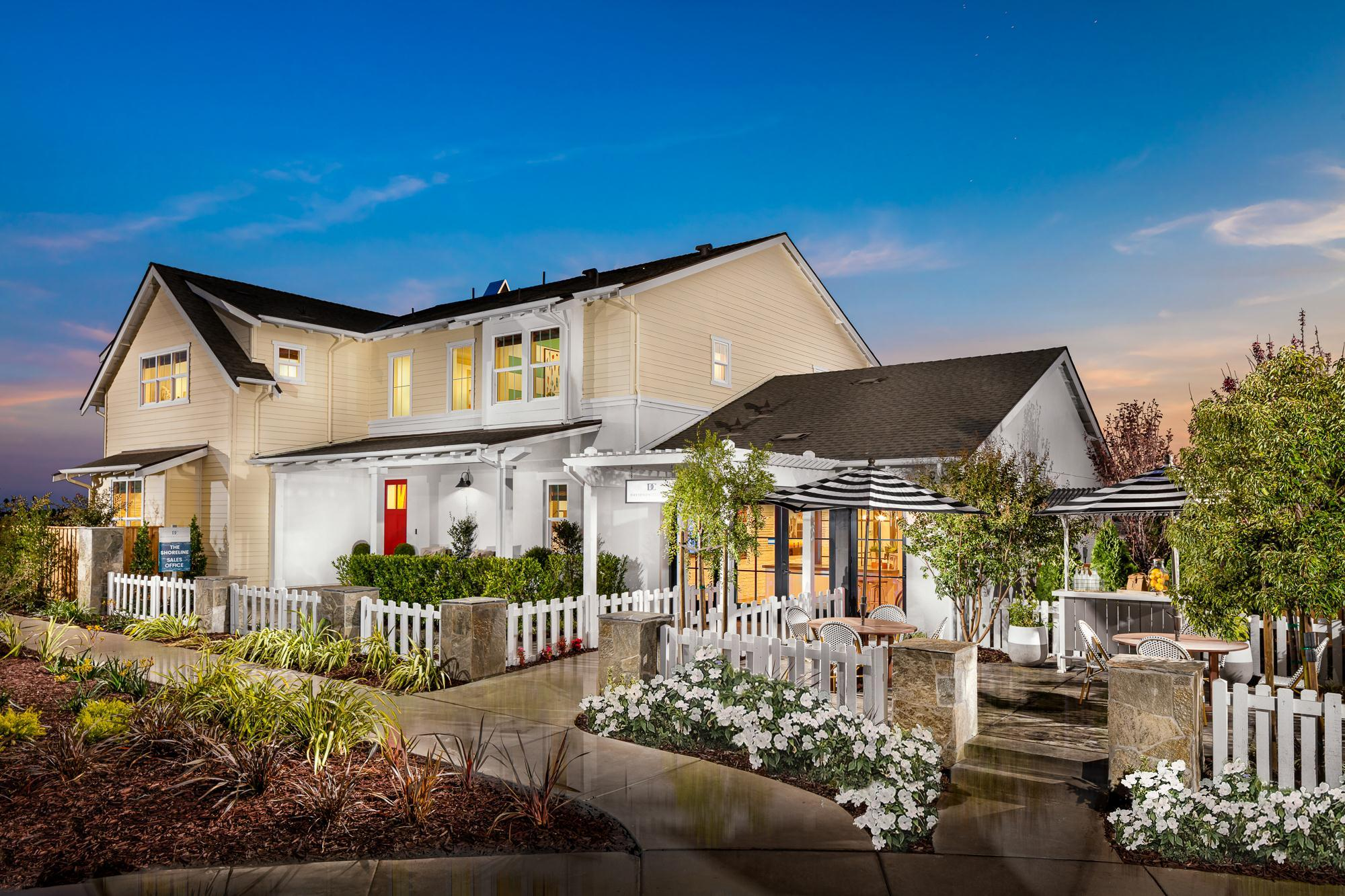 Exterior featured in The Shoreline By Davidson Communities in Oakland-Alameda, CA