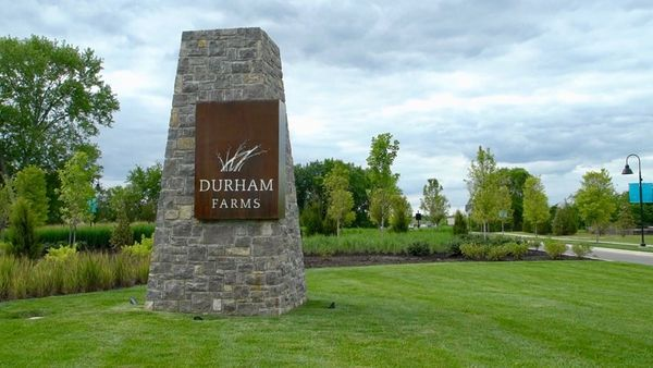 Durham Farms Entry Monument