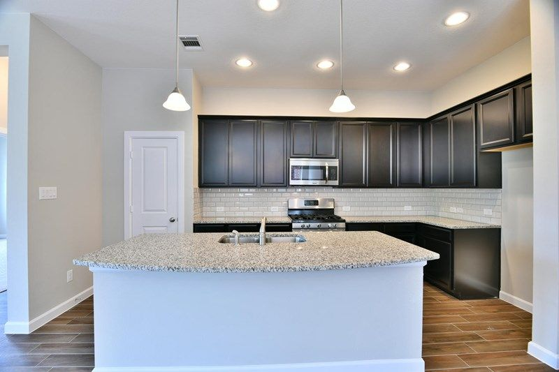 Kitchen-in-Elson-at-Jordan Ranch 45'-in-Brookshire