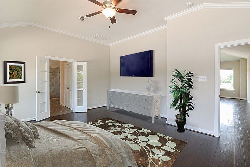 Bedroom-in-Whitburn-at-Enclave at Valley Oaks-in-Houston