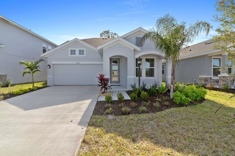 Moss Creek in Bradenton, FL, now available for showing by Anthony Santiago