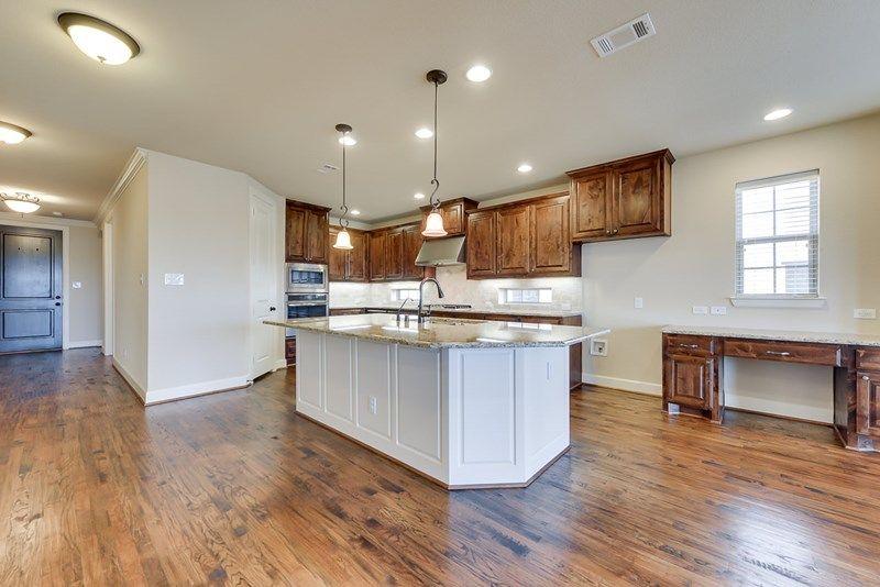 Kitchen-in-Weidman II-at-Prairie Oaks-in-Argyle