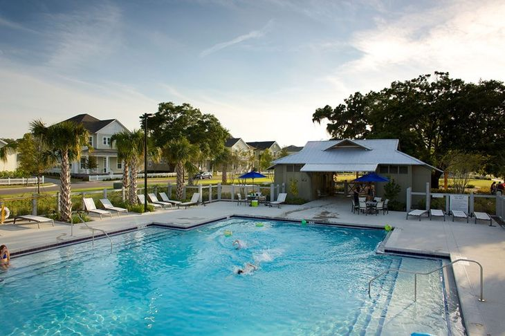 Oakland Park Amenities