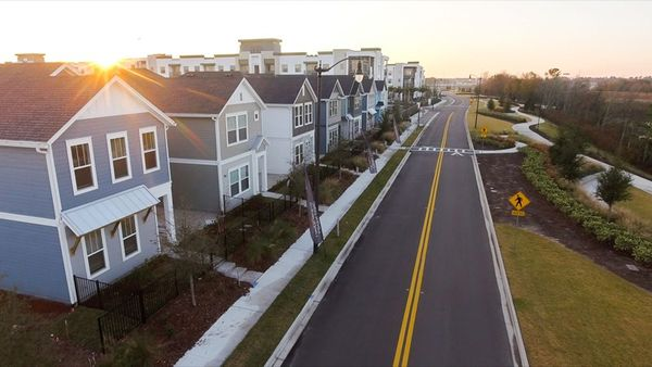 Tidal Pointe at Southside Quarter - Streetscape