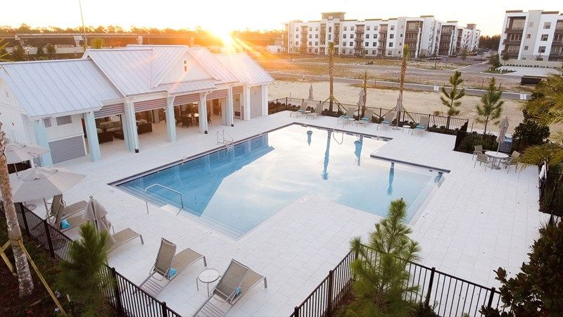 'Tidal Pointe at Southside Quarter - Courtyard Homes' by David Weekley Homes in Jacksonville-St. Augustine