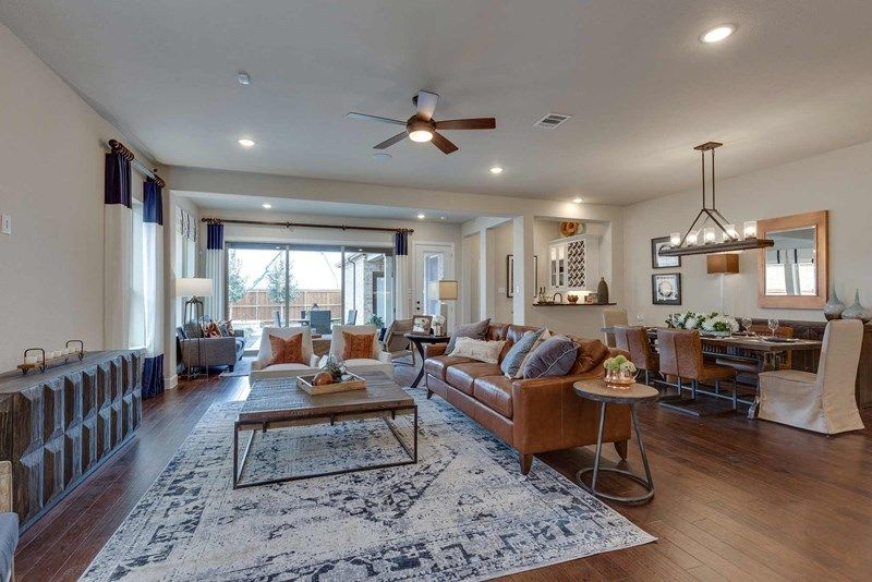 'Elements at Viridian - Traditional Series' by David Weekley Homes in Fort Worth