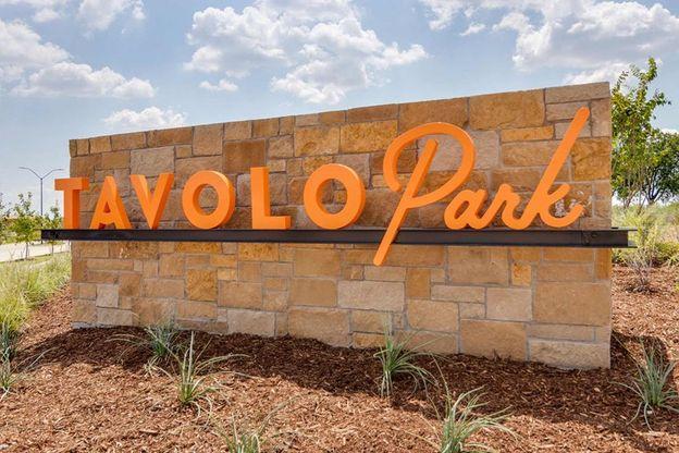 Tavolo Park - Entrance Monument