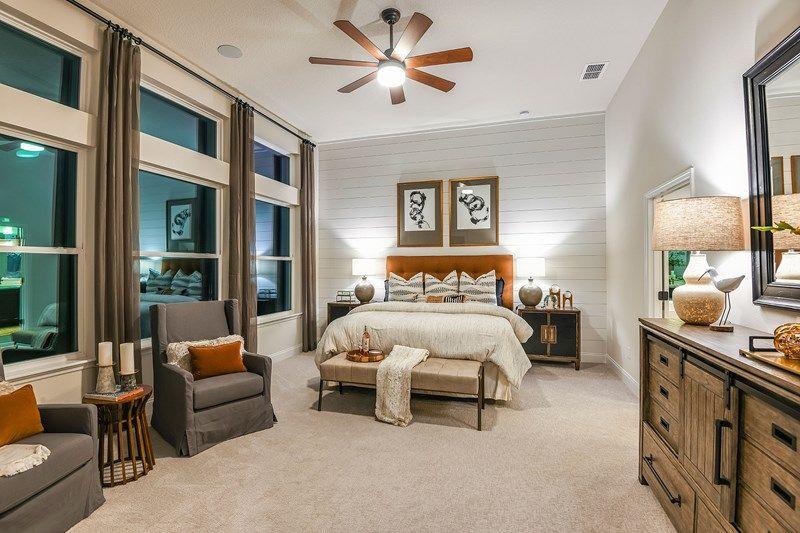'John's Lake Landing - Manor Series' by David Weekley Homes in Orlando