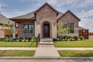 Hartwell - Elements at Viridian - Signature Series: Arlington, Texas - David Weekley Homes