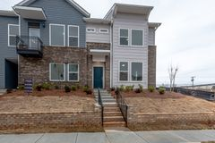 1424 Winding Stream Road (Ford)