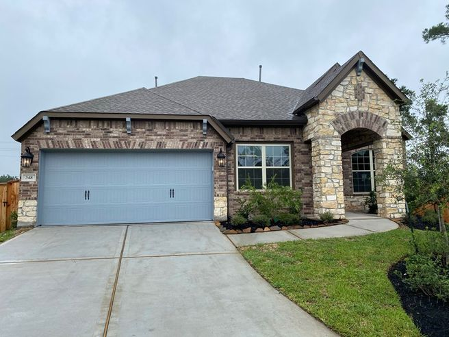 348 Red Petal Court (Hennessey)