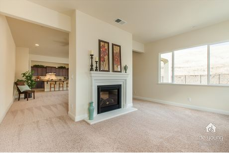 Empty-in-Residence 320i-at-The Highlands-in-Clovis