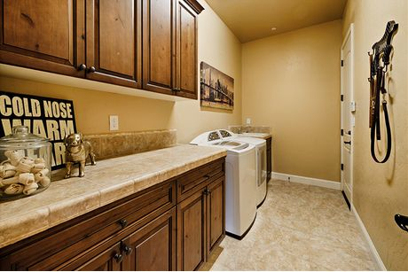 Laundry-in-Residence 240i-at-The Highlands-in-Clovis